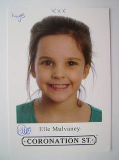 Elle Mulvaney autograph (hand-signed Amy Barlow cast card)