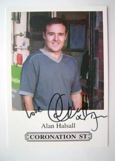 Alan Halsall autograph (hand-signed photograph)