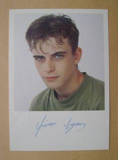 Simon Gregson autograph