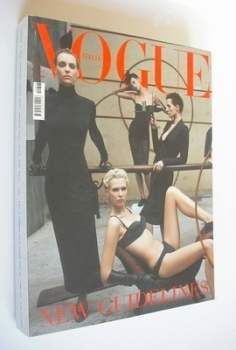 <!--2001-03-->Vogue Italia magazine - March 2001