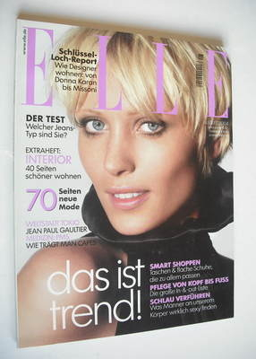 <!--2004-08-->German Elle magazine - August 2004 - Yvke Sturm cover