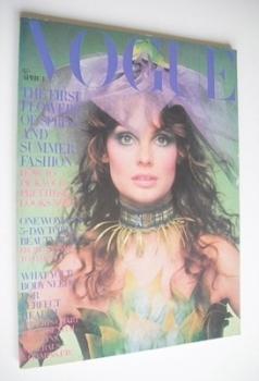 British Vogue magazine - 1 April 1970 - Jean Shrimpton cover