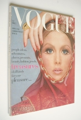 <!--1969-12-->British Vogue magazine - December 1969 - Pattie Boyd cover