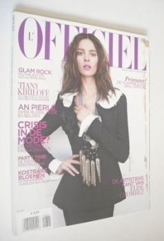 L'Officiel Belgium magazine (December 2008/January 2009 - Elise Crombez cover)
