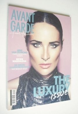 <!--2012-01-->Avantgarde magazine - January 2012 - Lieke van Lexmond cover