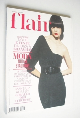<!--2006-08-->Flair magazine - August 2006 - Patricia Schmid cover