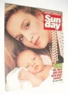 <!--1985-10-13-->Sunday magazine - 13 October 1985 - Jerry Hall cover