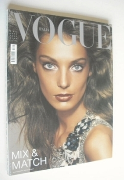 Vogue Italia magazine - May 2004 - Daria Werbowy cover
