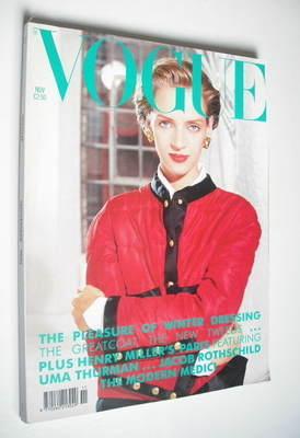 <!--1990-11-->British Vogue magazine - November 1990 - Uma Thurman cover