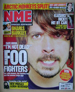 <!--2006-06-03-->NME magazine - Dave Grohl cover (3 June 2006)