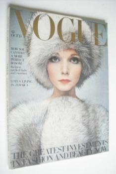 British Vogue magazine - 15 October 1968 - Lesley Jones cover