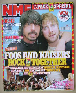 <!--2005-07-16-->NME magazine - Dave Grohl and Ricky Wilson cover (16 July