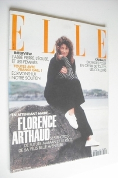 French Elle magazine - 17 May 1993 - Florence Arthaud cover