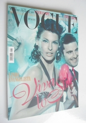 <!--2012-05-->Vogue Italia magazine - May 2012 - Linda Evangelista cover