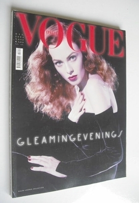 <!--2004-12-->Vogue Italia magazine - December 2004 - Karen Elson cover