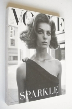 Vogue Italia magazine - October 2003 - Daria Werbowy cover