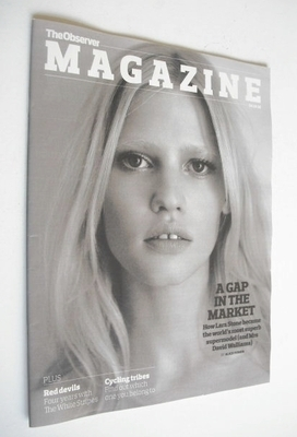 <!--2010-10-24-->The Observer magazine - Lara Stone cover (24 October 2010)