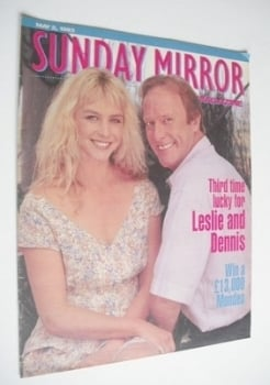 Sunday Mirror magazine - Leslie Ash and Dennis Waterman cover (2 May 1993)