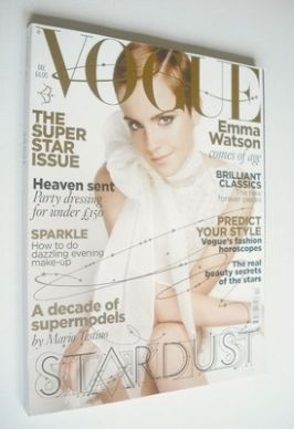 <!--2010-12-->British Vogue magazine - December 2010 - Emma Watson cover