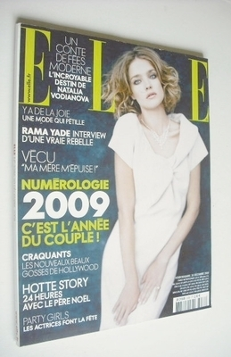 <!--2008-12-20-->French Elle magazine - 20 December 2008 - Natalia Vodianov