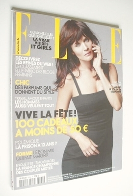 <!--2008-12-08-->French Elle magazine - 8 December 2008 - Helena Christense