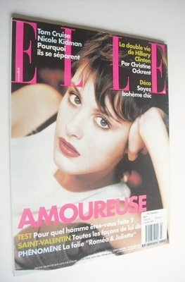 <!--2001-02-12-->French Elle magazine - 12 February 2001 - Trish Goff cover