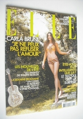 <!--2005-07-18-->French Elle magazine - 18 July 2005 - Carla Bruni cover