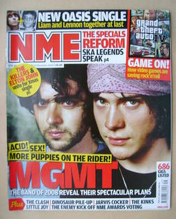 <!--2008-12-06-->NME magazine - MGMT cover (6 December 2008)