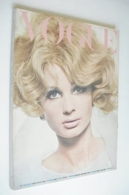 <!--1965-05-->British Vogue magazine - May 1965 - Sue Murray cover