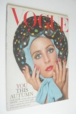 <!--1965-08-->British Vogue magazine - August 1965 - Jill Kennington cover