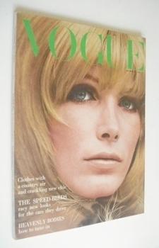 British Vogue magazine - 15 October 1965 - Vicki Hilbert cover