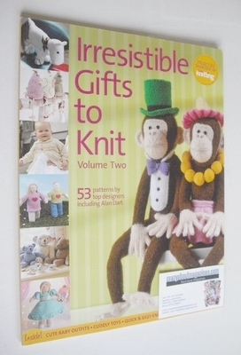 Irresistible Gifts To Knit (Simply Knitting publication - Volume 2 - 2011)