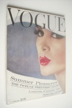 British Vogue magazine - 1 June 1961 (Vintage Issue)