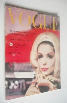 British Vogue magazine - 1 November 1961 (Vintage Issue)