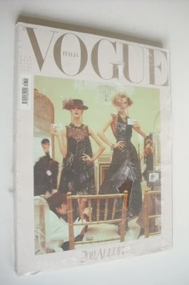 <!--2011-01-->Vogue Italia magazine - January 2011 - Freja Beha Erichsen an