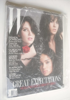 <!--2010-09-->W magazine - September 2010 - Hollywood's New It Girls cover