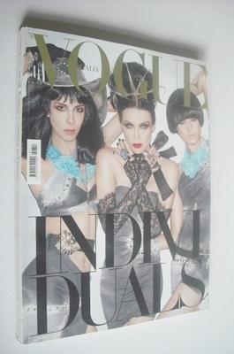 <!--2010-02-->Vogue Italia magazine - February 2010 - Daphne Guinness, Jami