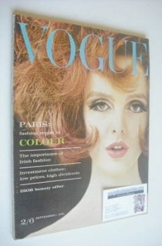 British Vogue magazine - 1 September 1962 (Grace Coddington cover)
