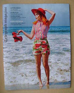 <!--2013-10-12-->Telegraph magazine - Paloma Faith cover (12 October 2013)