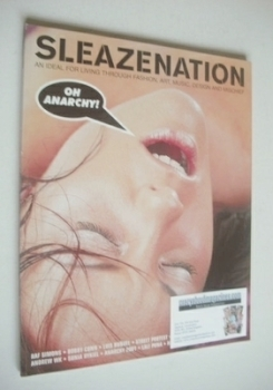 <!--2001-12-->Sleazenation magazine - December 2001 - Oh Anarchy cover