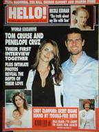<!--2001-10-30-->Hello! magazine - Tom Cruise and Penelope Cruz cover (30 O