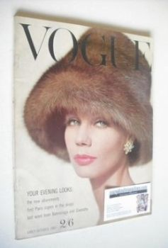 British Vogue magazine - October 1960 (Early October)