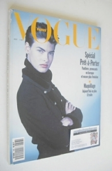 French Paris Vogue magazine - August 1989 - Linda Evangelista cover