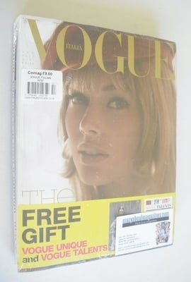 <!--2013-09-->Vogue Italia magazine - September 2013 - Doutzen Kroes cover