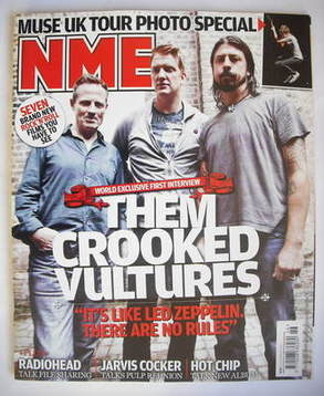 <!--2009-11-14-->NME magazine - Them Crooked Vultures cover (14 November 20