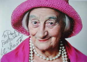 Liz Smith autograph
