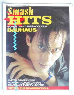 <!--1982-10-28-->Smash Hits magazine - Peter Murphy cover (28 October - 10