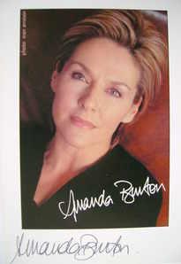 Amanda Burton autograph (hand-signed photograph)