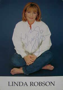 Linda Robson autograph