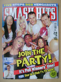 <!--1999-12-01-->Smash Hits magazine - S Club 7 cover (1 December 1999)